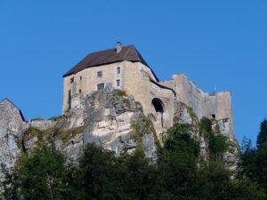 Château de Joux - La Cluse et Mijoux